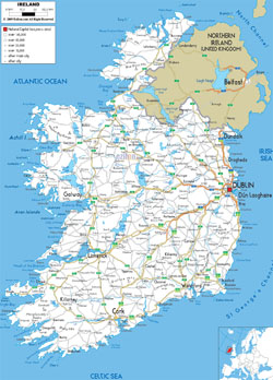 Detailed road map of Ireland with cities and airports.