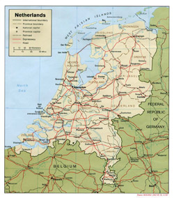 Political map of Netherlands with roads and cities.
